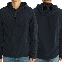 [씨피컴퍼니] 크롬 고글 후드 08CMOS026A 005148G 888 남자 오버 셔츠 자켓