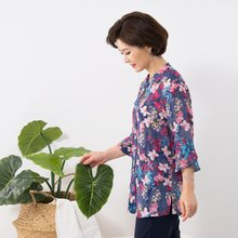 마담4060 엄마옷 시원한플라워인견블라우스 QBL907052