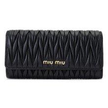 [미우미우] 마테라쎄 플랩 5MH109 N88 F0002 / 여성 장지갑