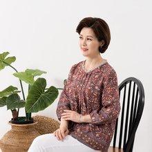 마담4060 엄마옷 샤링펀칭블라우스 QBL907112